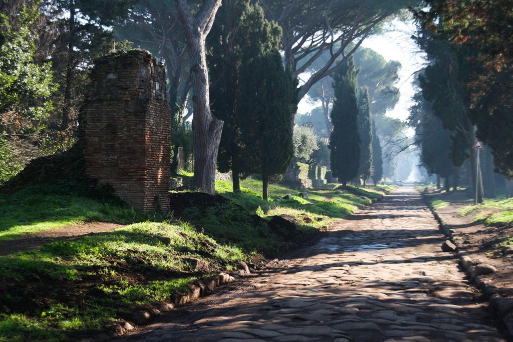 Via appia antica 2