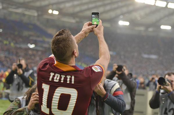 totti selfie3